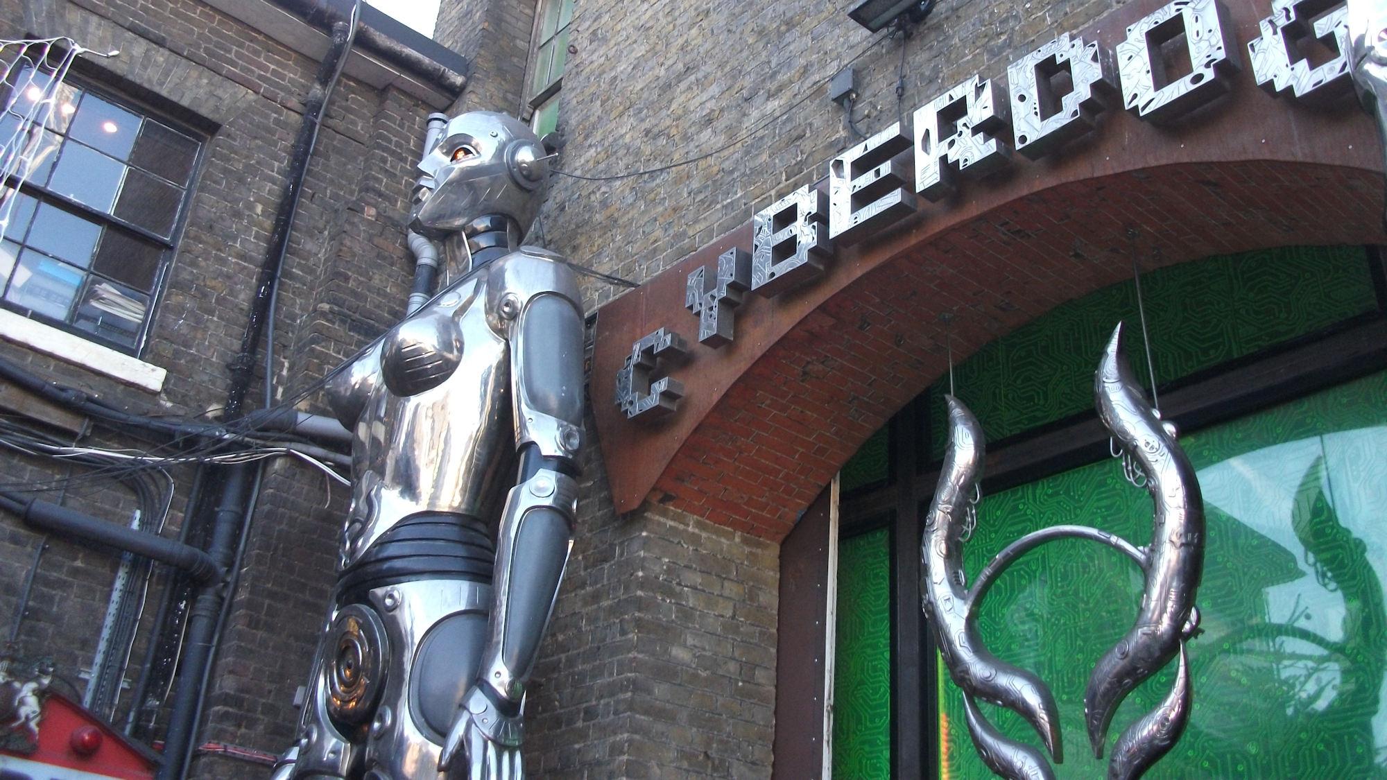 Camden Lock Cyberdog