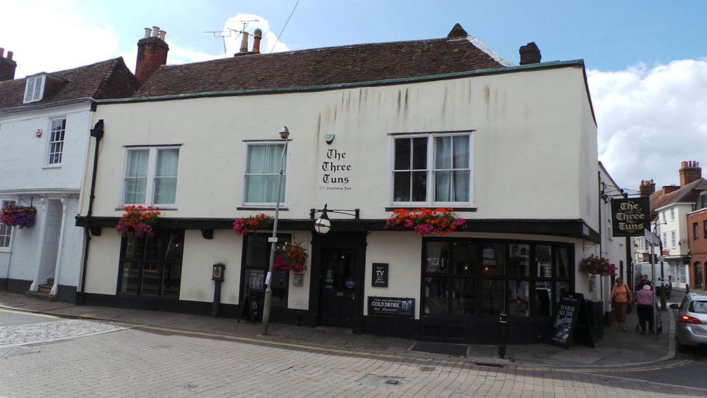 Pub Three Tuns Canterbury