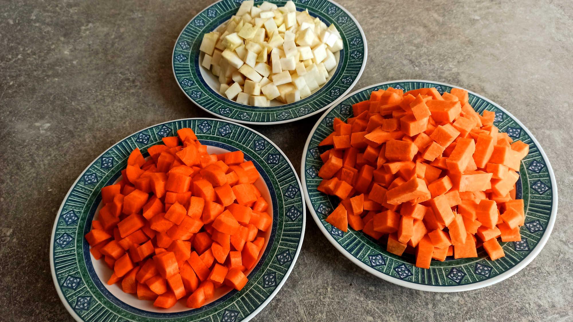 Couper les légumes en dés